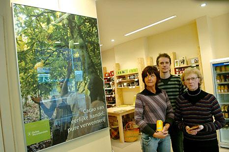 foto bij het artikel over de Wereldwinkel in het Belang van Limburg