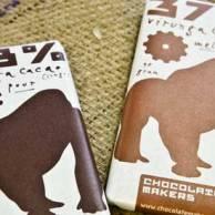 DE GORILLABAR WORDT GEMAAKT VAN CACAO UIT CONGO: HET BESCHERMT MENS EN BERGGORILLA - WAT VERDIENT DE CACAOBOER? (http://www.chocolatemakers.nl/defabriek/de-gorilla-bar/)