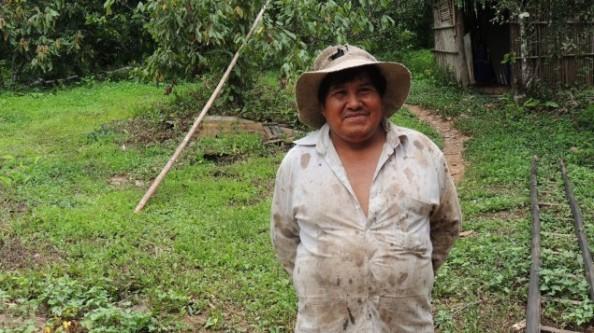 Der Bauer Victor Jimenez Torres baut Bio-Kakao an (Deutschlandradio / Martina Weber)